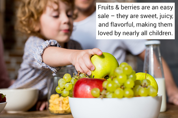 fruits and berries are healthy eating options for kids