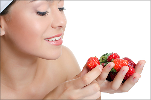 strawberry application on fungal infections